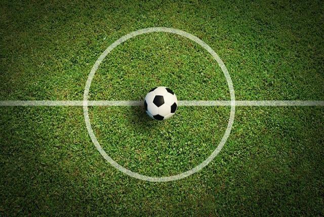 ফুটবল খেলার নিয়ম কানুন